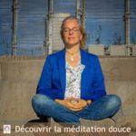Commencer la méditation douce avec Plumes de Forêt
