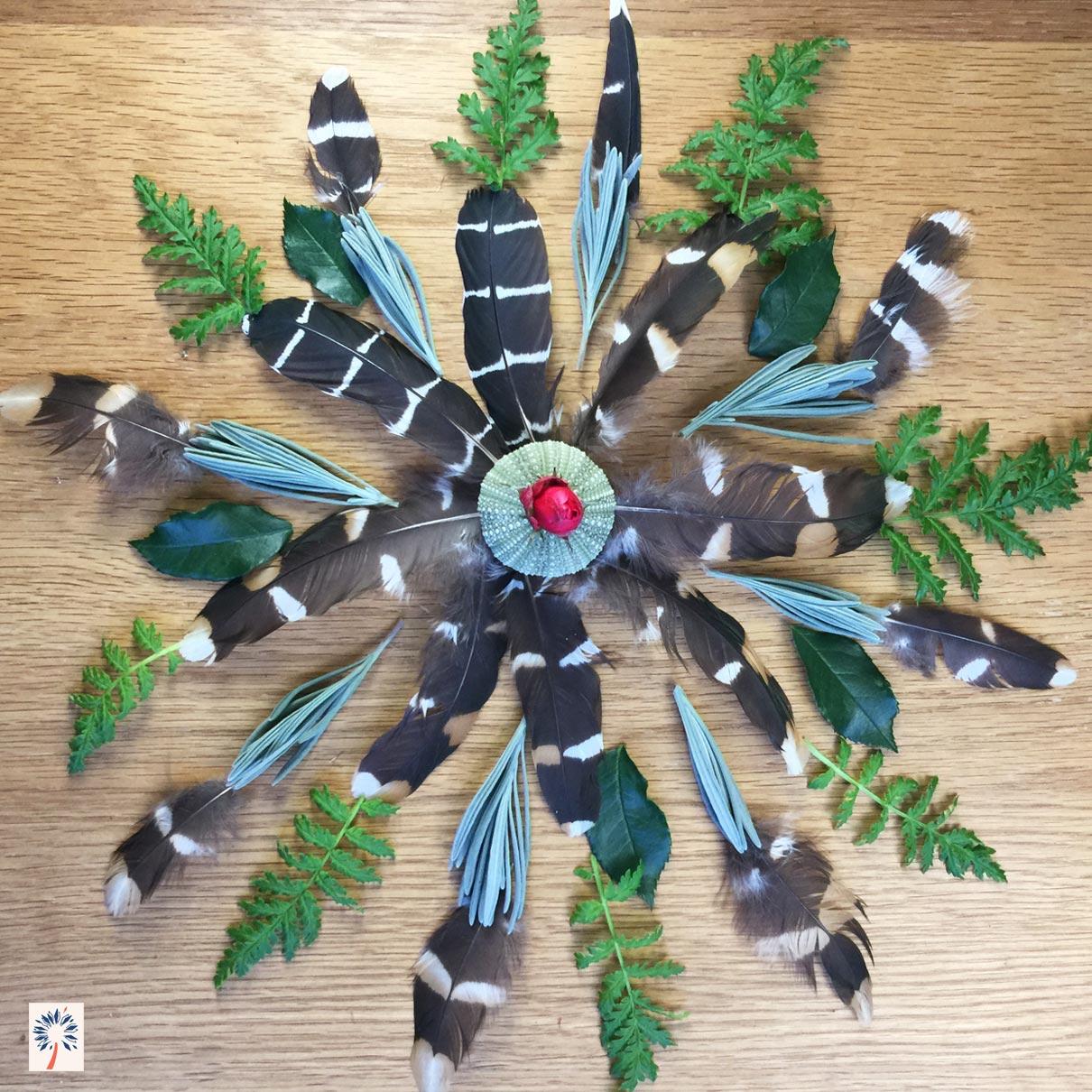 Mandala nature avec des plumes